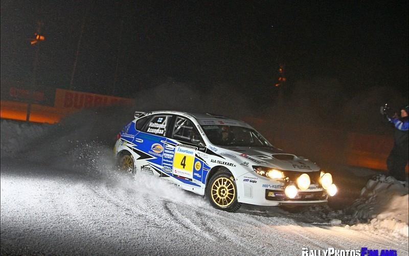 SM2-luokan kärjessä Subarulla ajava Teemu Asunmaa repäisi avauspäivänä jo lähes 20 sekunnin johtomarginaalin (Kuva: Jari Nurminen)