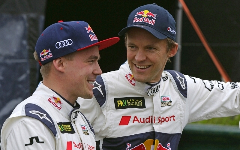 Heikkinen kilpailee Mattias Ekströmin (oik.) johtamassa EKS RX -tallissa toista kauttaan (Kuva: Audi Mediacenter).